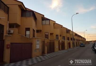 Casa adossada a San Fernando-Carretera de Valencia