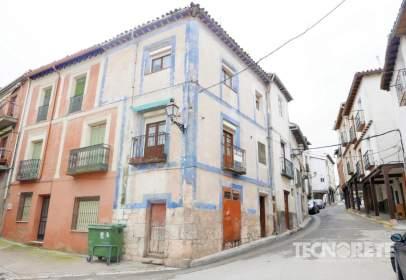 Casa adosada en calle Mayor, cerca de Travesía de la Concepción