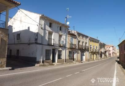 Casa adosada en Fuentes