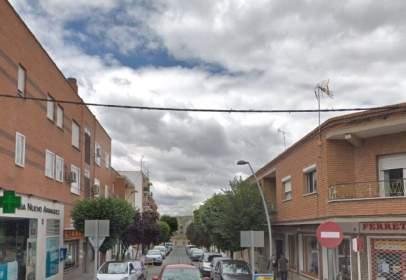 Piso en Nuevo Aranjuez-Ciudad de las Artes-El Mirador