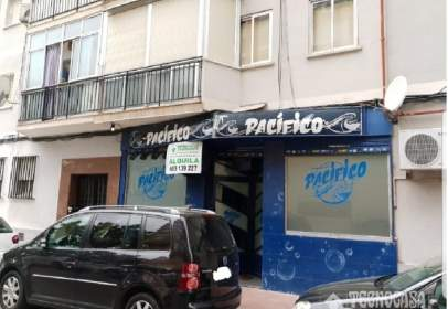 Commercial space in calle Cdad. Real