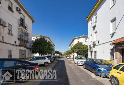 Pis a calle Cardenal Rodrigo de Castro