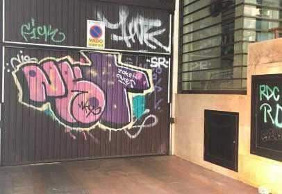 Garatge a calle de Ercilla, prop de Calle de las Peñuelas