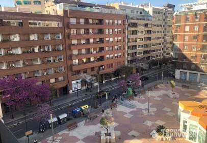 Piso en calle de Amadeo de Saboya