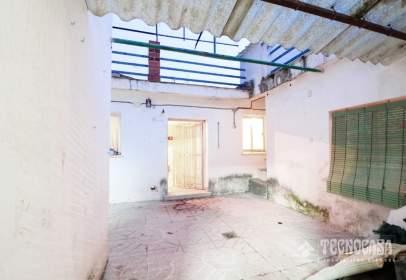 Single-family house in Nuevo Aranjuez-Ciudad de las Artes-El Mirador