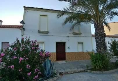 Casa en Villanueva de Las Cruces