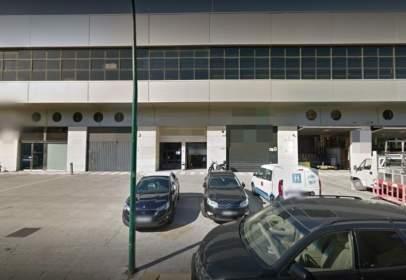 Nau industrial a calle Josep Argemí, nº 13