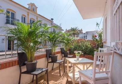 Flat in calle Yunquera, nº 5