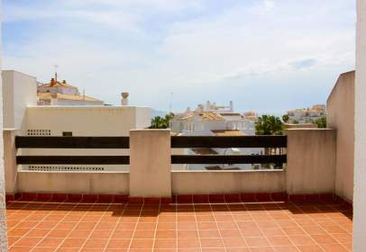 Flat in calle El Tesorillo