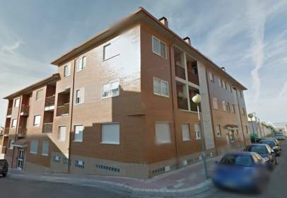 Flat in calle Rio Piedra, nº 40