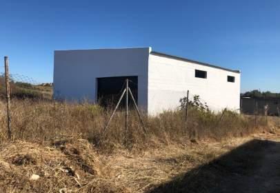 Nau industrial a Las Lagunas-Campano