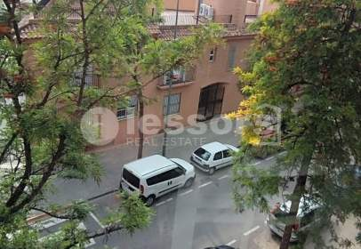 Flat in calle Benalup