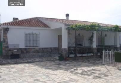 Chalet in Santa Cruz-San Antonio Abad-Industria, Cañicas