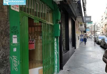 Local comercial a calle Emperatriz Eugenia, nº 26