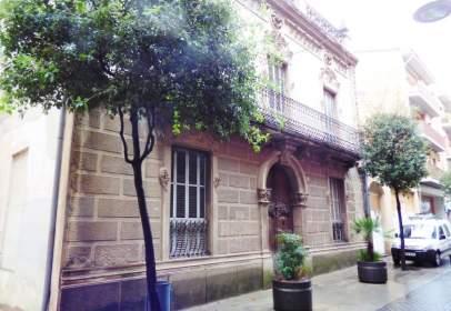 Edificio en calle Sant Ferriol, nº 46
