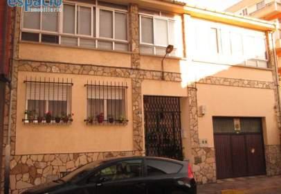 Casa a calle Marcelo Macias