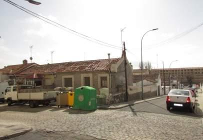 Xalet a calle del Cardenal Cisneros, prop de Calle de Bilbao
