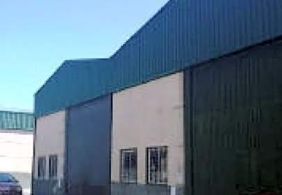 Nave industrial en Cazalla de La Sierra