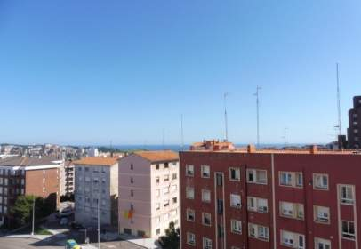 Flat in calle Universidad La