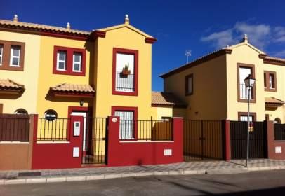 Casa pareada en calle de la Mesa Redonda B