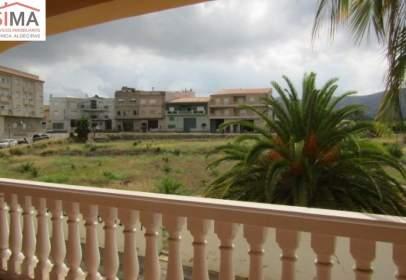 Casa aparellada a calle San Vicente
