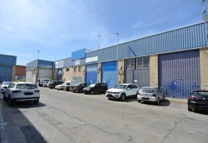 Nave industrial en calle Polirosa, nº 290