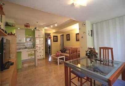 Apartment in calle Almeria, nº 5