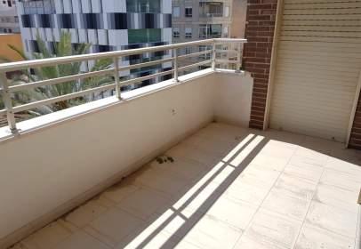 Piso en calle La Paz