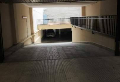 Garage in calle de Julio Romero de Torres