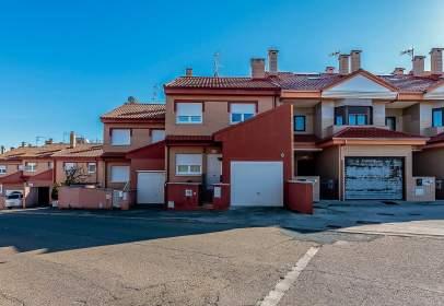 House in Valencia de Don Juan