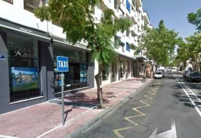 Local comercial en Puerto Banús