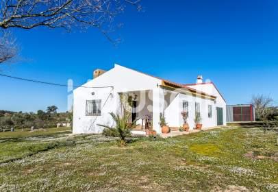 Casa rústica en Zalamea La Real