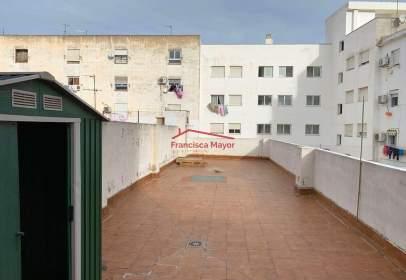 Pis a calle Valencia, prop de Calle de Chirivella