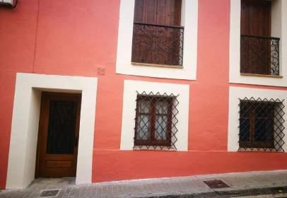 Piso en calle Médico Valentín Gil, nº 8