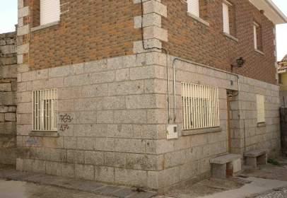 Casa pareada en calle de la Iglesia, nº 5