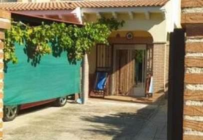 Casa pareada en Carretera Alcorcón Plasencia, nº 18