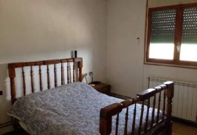 Casa aparellada a Berguedà
