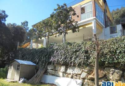Casa en calle Agustí Bartra I Lleonart