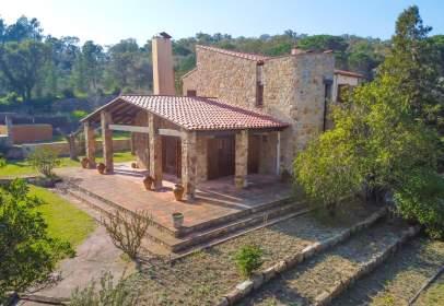 Casa en calle Canigó