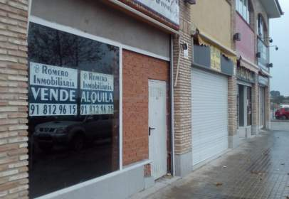 Local comercial en calle Jose Antonio