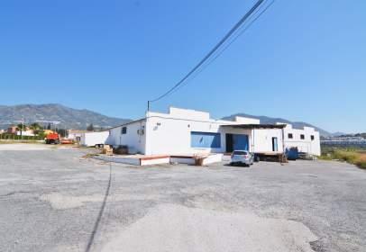 Warehouse in Urbanización Loma