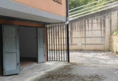 Almacén en calle Barrio Larrotegi, nº 4