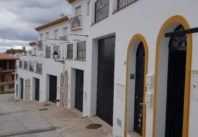 Casa adosada en calle Hortezuela