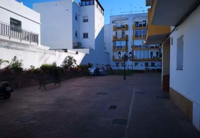 Piso en calle Justo Monteseirin Gonzalez