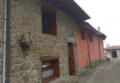 Casa en Oriente - Piloña