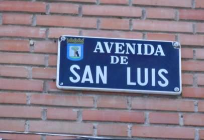 Flat in calle Avenida de San Luis