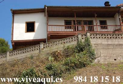 Casa en Casa en Asturias, Zona de Riosa, Para Reformar