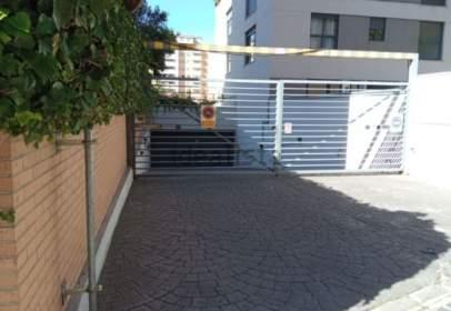 Garatge a calle de Fuente Cisneros, 31