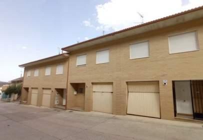 Casa adosada en calle del Camino de Santiago, 23