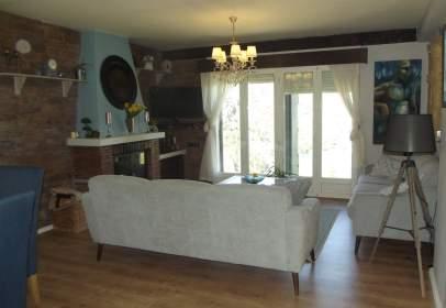 Casa rústica en calle Gr-3200